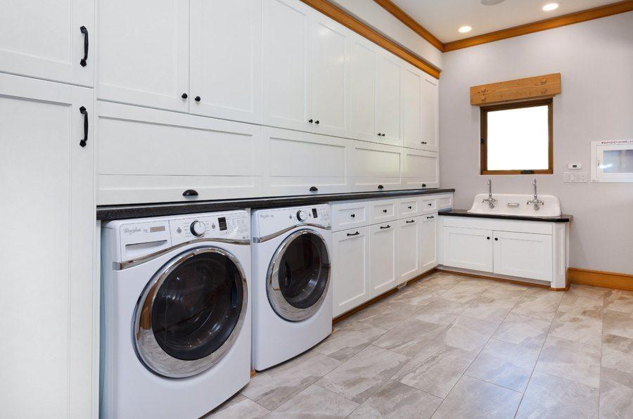 Luxury Corporate Retreat San Francisco - laundry room